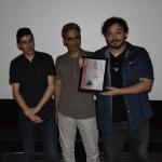 15-Il regista Federico Sfascia ritira la targa per Alienween